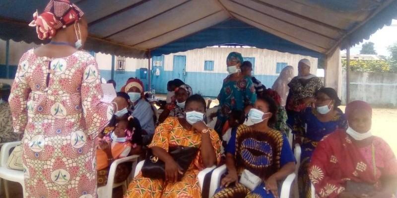 Plusieurs femmes ont pris part à cette séance de dépistage organisée par la Fsucom d'Adiopodoumé. (DR)
