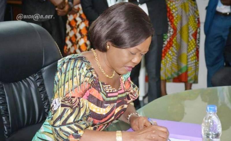 La ministre Nialé Kaba fera certainement diligence pour que le décret de l'Observatoire du Dividende démographique prenne forme. (Photo : DR)
