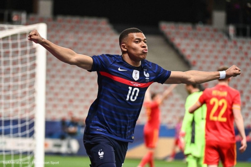 Kylian Mbappé et la France veulent réussir leur entrée dans la compétition.