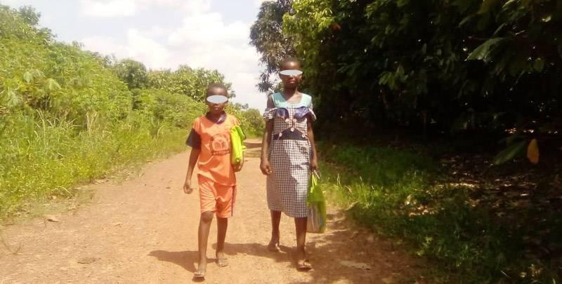 Pour acquérir le savoir, ces enfants sont obligés de parcourir, à pieds, plus de 10 km par jour. (Photo : Casimir Djézou)