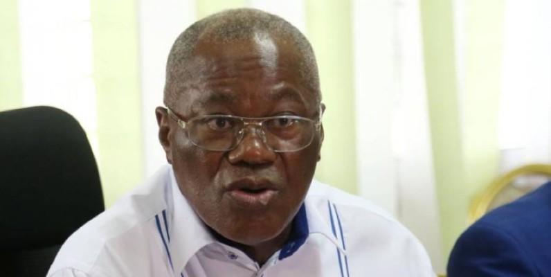 Kouacou Gnrangbé Kouadio Jean, le maire de Yamoussoukro, a lu la lettre ouverte, au nom de ses pairs du Pdci-Rda. (Photo : Sébastien Kouassi)