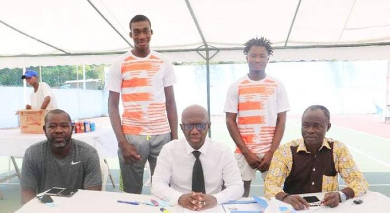 Une partie de la délégation partie défendre les couleurs ivoiriennes au Congo. (DR)