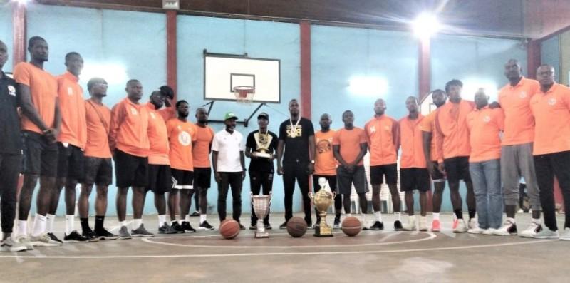 Les basketteurs de la Soa ont fait la fête samedi, en caserne. (DR)