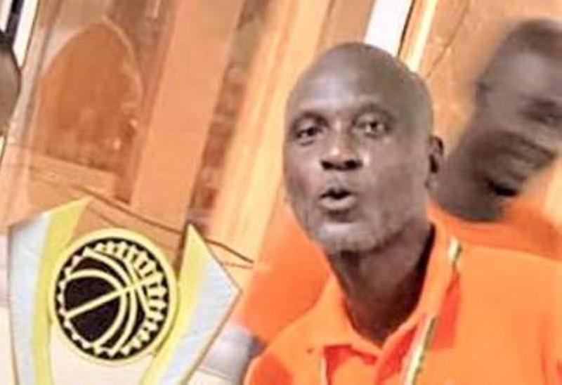 Larry, coach de la Soa basket-ball. (DR)