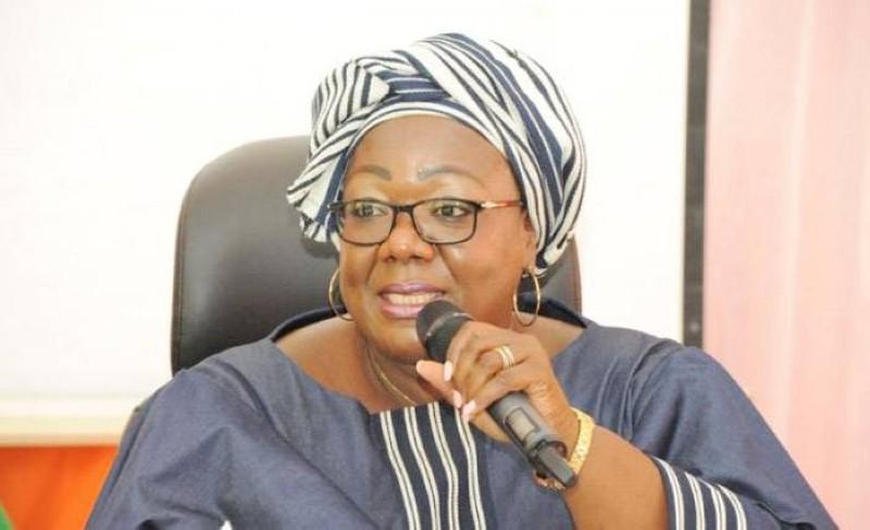 Anne Désirée Ouloto, ministre de la Fonction publique et de la Modernisation de l'administration. (DR)