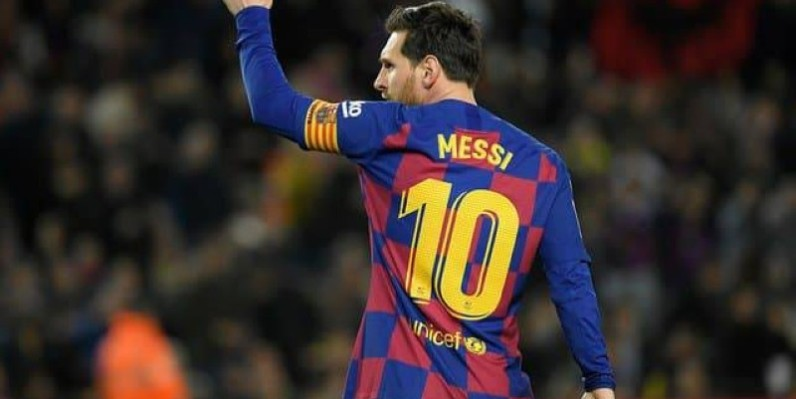 Lionel Messi proroge sa saison avec Barça pour 5. (DR)