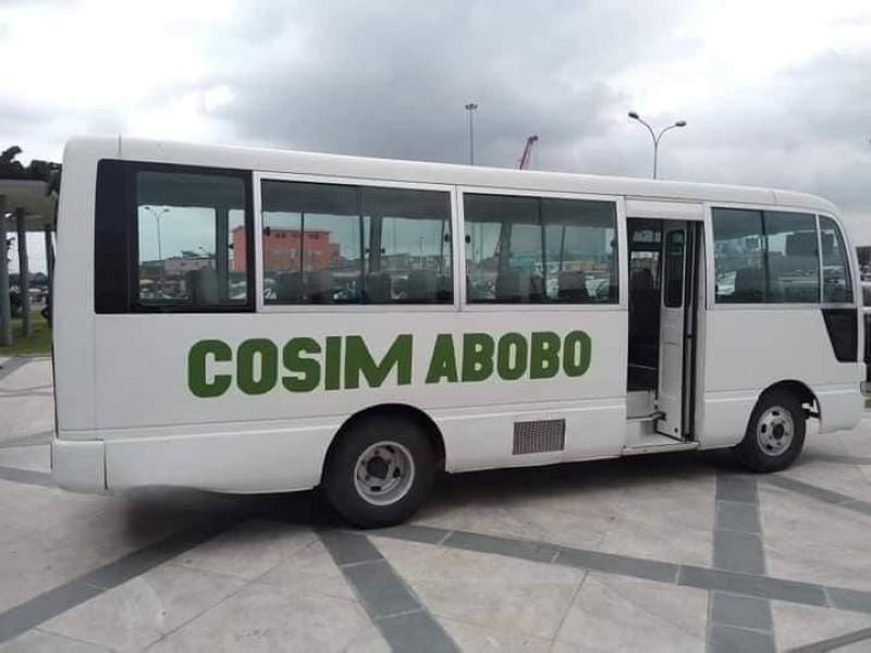 Le mini car offert par l e Chef de l'Etat à la section Cosim d'Abobo