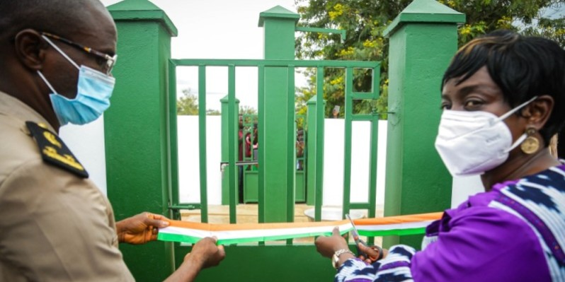 Le château d'eau et quelques bornes-fontaines ont été inaugurés par le sous-péfet de Yakpabo-Sakassou, Anicet Kplégnongo et Mme Bintou Appia, représentant les donateurs. (DR)