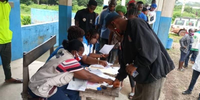 Les ex-réfugiés ivoiriens ont été reçus par les autorités compétentes et des responsables du HCR. (DR)