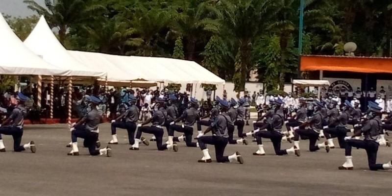 Les sous-officiers de la deuxième année. (Bavane)