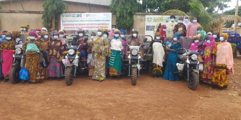 Les tricycles et les moto-pompes faciliteront le travail aux bénéficiaires. (Photo : DR)