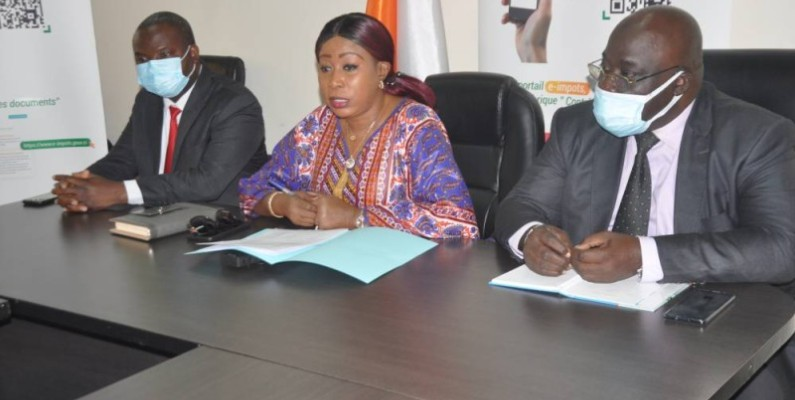 Mme M'Bahia Maférima, directrice générale adjointe des Impôts, présidente du groupe de travail chargé de conduire et coordonner sur le terrain les actions de contrôle des reçus et quittances de payement de taxes et impôts. (DR)