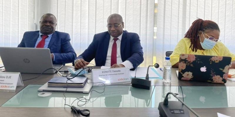 Daouda Konaté (au centre), directeur de la météorologie nationale. (Photo : DR)