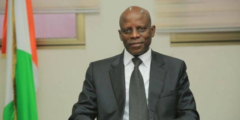 Le ministre Adama Diawara demande aux personnes désireuses de faire acte de candidature à le faire sur la plateforme de la Drh. (DR)