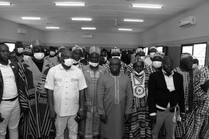 Le ministre de la Réconciliation et la Cohésion nationale, Kouadio Konan Bertin, et les chefs traditionnels en phase pour promouvoir la paix.
