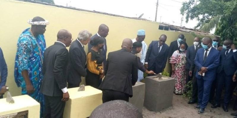 La première pierre a été posée de façon symbolique à l'école primaire publique Magic System, à Marcory Anoumabo, de façon symbolique. (Dr)