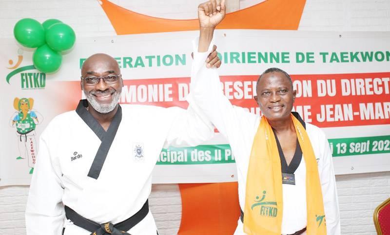 Le candidat Jean-Marc Yacé (à gauche) et son directeur de campagne, Me Koné Roel. (DR)