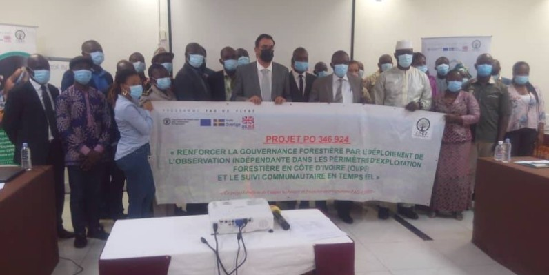 Les participants heureux d'avoir pris part à l'atelier sur le projet Idef. (Dr)