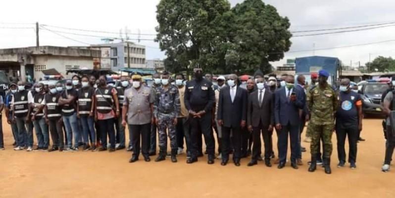 La cérémonie de lancement de ''Epervier 7'' a battu le rappel des commandements de toutes les forces de défense et de sécurité du pays. (Photo : DR)