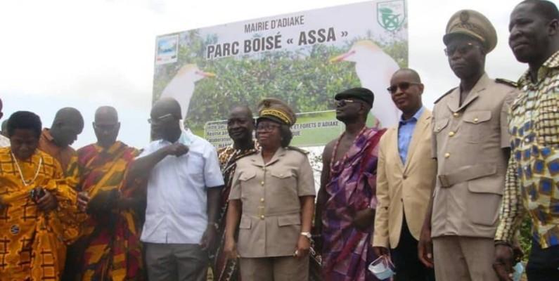Les autorités administratives, politiques et traditionnelles d'Adiaké se sont réjouies de l'activité. (DR)