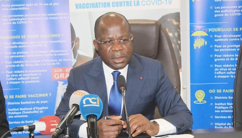 Le ministre de la Santé, de l'Hygiène publique et de la Couverture maladie universelle, Pierre N'Gou Dimba, invite la population à se vacciner et toujours respecter les mesures barrières. (DR)