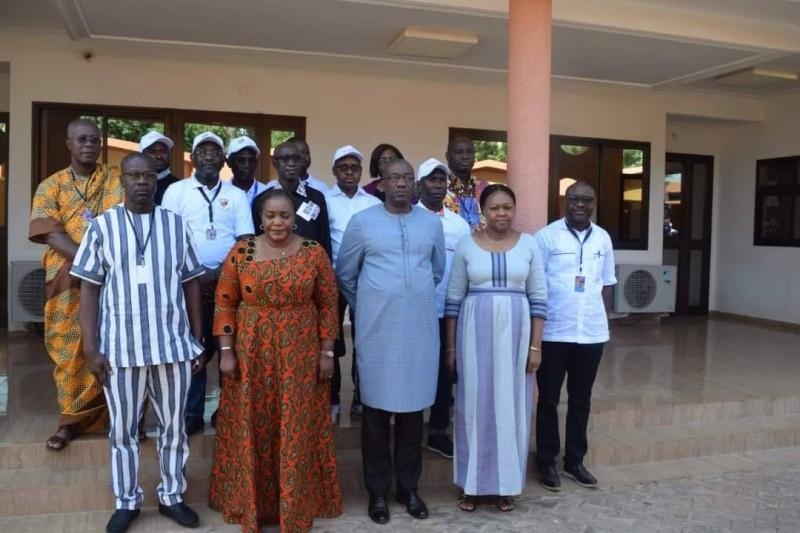 La ministre de la Culture et de l'Industrie des Arts et du spectacle de Côte d'Ivoire, Mme Harlette Badou N'Guessan Kouamé reçu par le Commissaire Mamadù Serifo Jaquité