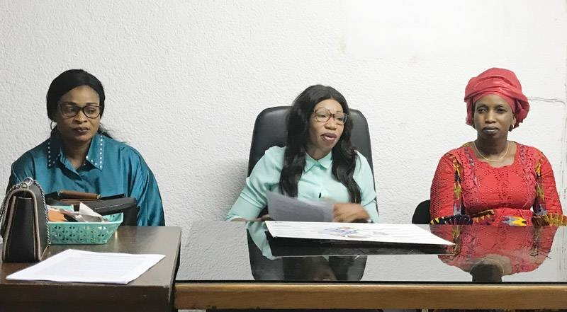 La présidente Maïmouna Diabaté Koné (au centre) a animée le point-presse. (Photo : Ange Kumassi)