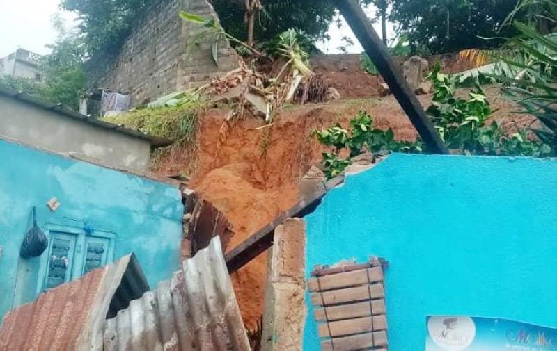 L'éboulement de terrain au quartier Mossikro (Attécoubé) suite à la forte pluie a fait des morts. (Photo : GSPM)