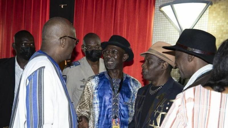 Des professionnels du cinéma lors du dîner organisé à leur intention par la présidence du Faso